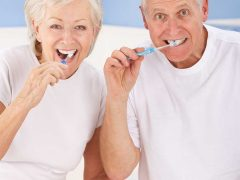 Routine Toothbrushing Could Postpone Alzheimer's Disease